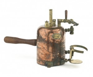 Influenza inhaler used during the 1918 pandemic
