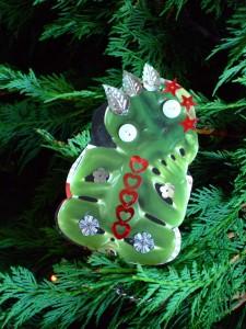 Christmas tree tiki with sequins