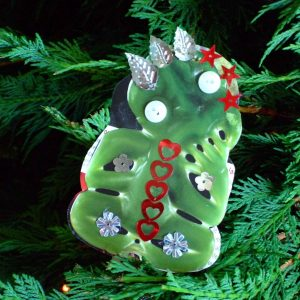Christmas tree tiki with sequins