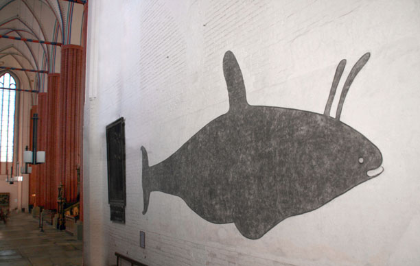 Orca painted on a 16th Century wall in Germany. Wal und nördl. Seitenschiff