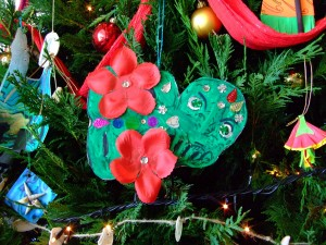 tiki decorations on the Te Papa Christmas tree