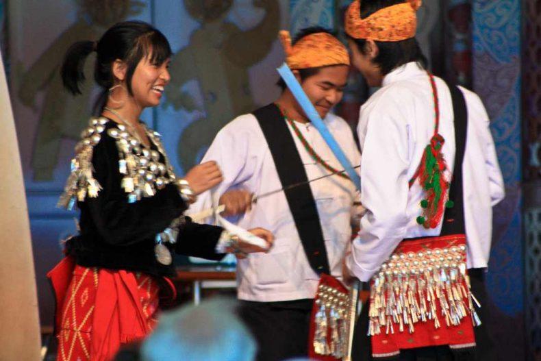 Myanmar dancers