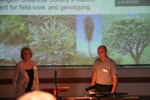 Leon Perrie at the end of his talk on Pseudopanax, with Ilse Breitwieser (Landcare Research), Nov 2010. Photo by Heidi Meudt, © Te Papa.