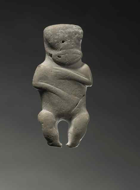 Hei tiki (pendant in human form), Wairarapa. Gift of the Russell Harris Broughton Estate, 2007. Te Papa