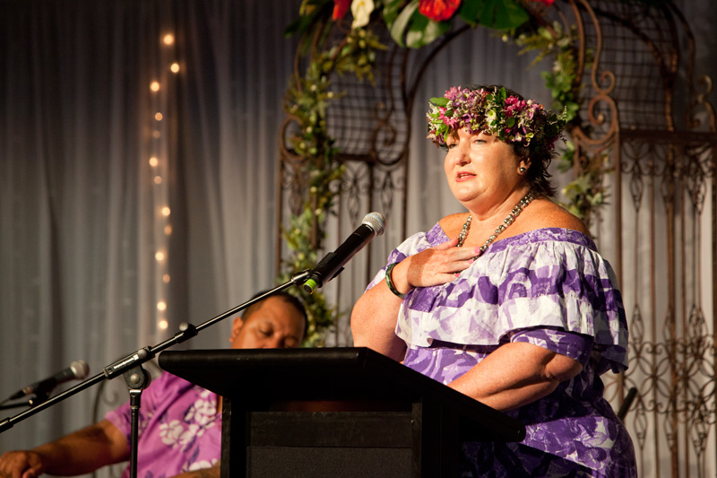 Carmel Beattie, Chief Executive of the Cook Island Tourism Corporation wooed the crowd with tales of romance.