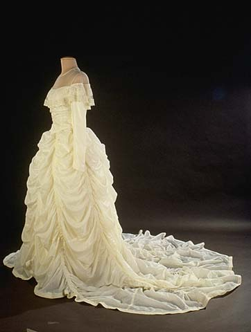 Parachute silk wedding dress, 1947. Collection of the Smithsonian - National Museum of  American History. Gift of Claude E. and Ruth L. Hensinger.