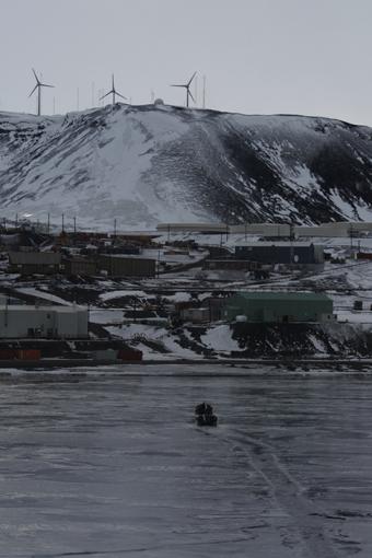 McMurdo Station. Photo Anton van Helden, copyright Te Papa.