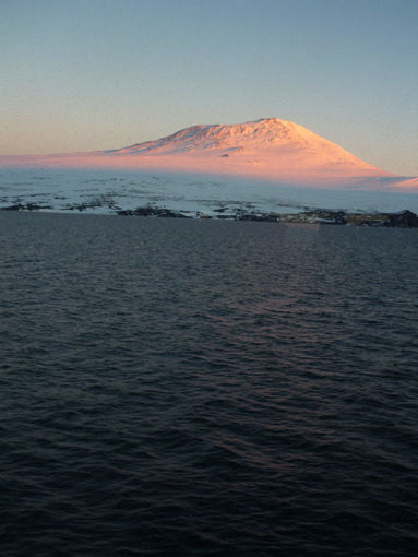 Sunset on Mt. Erebus. Photo Anton van Helden, copyright Te Papa.