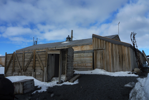 Terra Nova hut. Photo Anton van Helden, copyright Te Papa.