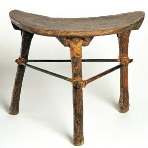 Nofoaga seu lupe (pigeon netting stool)