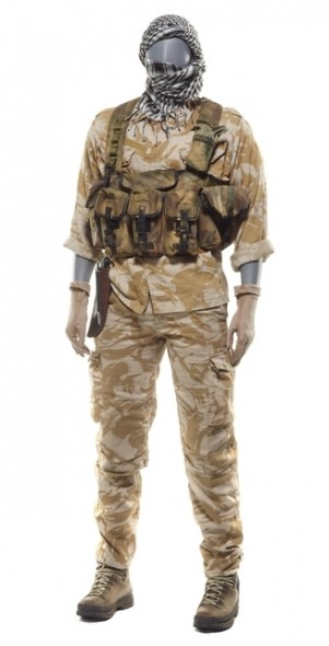 Desert Disruptive Pattern Material uniform; early 2000s; New Zealand Defence Force. (c) Te Papa