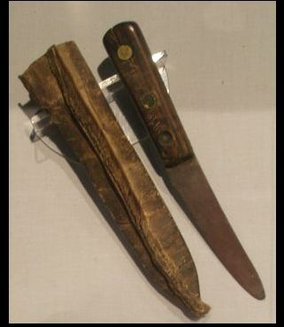 """General Grant"" knife and sheath .Te Papa"