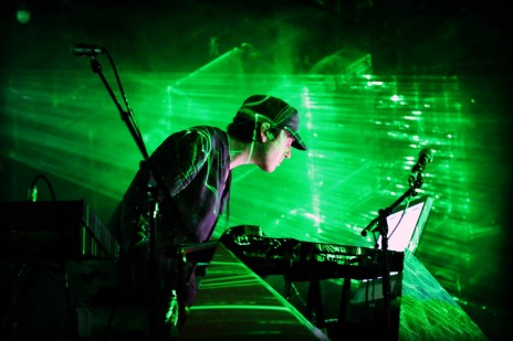 Module performing Shatter Live, San Francisco Bath House, September 2012, image by Mario Wynands. Copyright: Mario Wynands