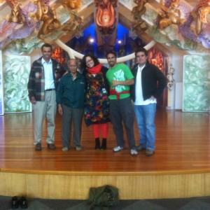 The visiting group and the curator, in front of Te Hono ki Hawaiki (Te Papa's wharenui)