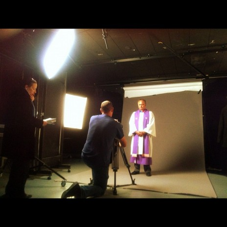 Filming Mita Ririnui in Te Papa studio. June 2012. Photographer Puawai Cairns, copyright Te Papa Tongarewa 2012.