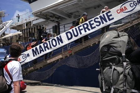 Scientists Boarding Marion du Fresne. Image: Susan Waugh, (C) Te Papa.