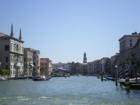 Rialto Bridge, Venice. Photographer: Helen Lloyd (c) Helen Lloyd