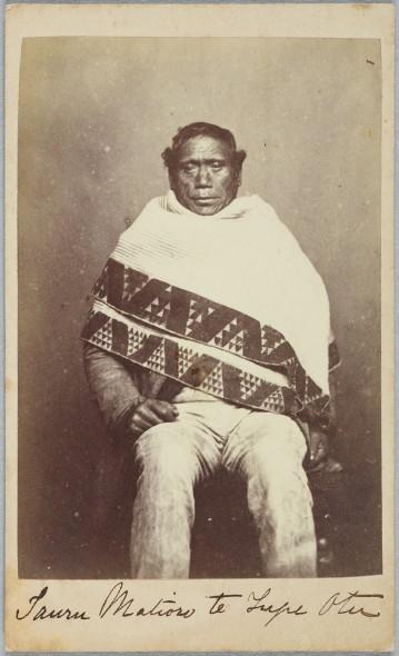 Tauru Matioro Te Tupe-o-Tu, circa 1860s, Wellington. Richards, E S. Te Papa