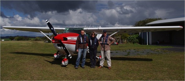 Colin Miskelly, Kate McAlpine and Murray Miskelly (the pilot) next to the Cessna 182 used for the pelican survey, 22 August 2013. Image: Colin Miskelly