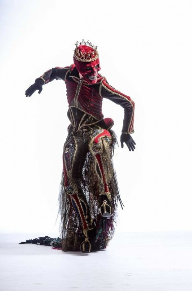 Danse Macabre by Mercy Brewer (NZ), 2012. World of WearableArt. Photo by: