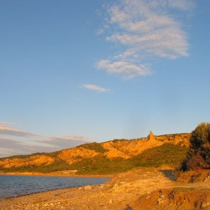 Anzac Cove, looking towards the hills. Photograph by Puawai Cairns, copyright Te Papa 2013