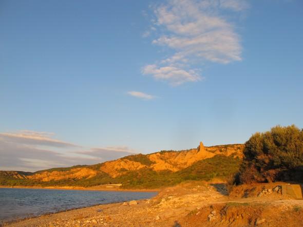 Anzac Cove at Ari Burnu cemetery, looking towards the hills. Photograph by Puawai Cairns, copyright Te Papa 2013