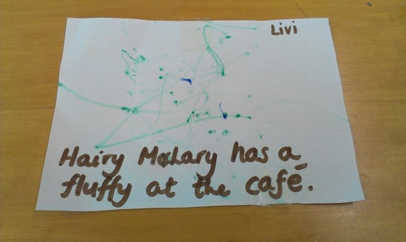 Hairy Maclary has a fluffy at the cafe