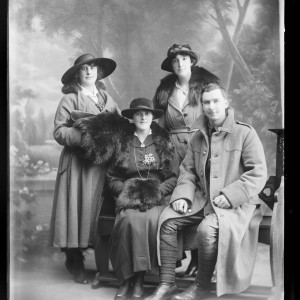 Portrait of an unidentified soldier and three unidentified women inscribed Brown, 1914-1919, Wellington. Berry & Co. Purchased 1998 with New Zealand Lottery Grants Board funds. Te Papa