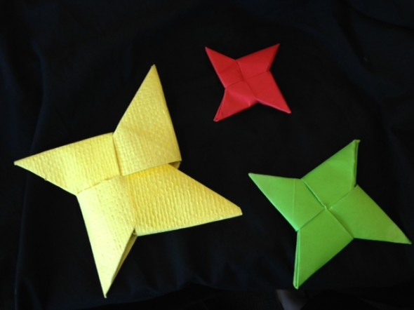 We are kaitiaki to our taonga (treasures), but did you know that objects can be kaitiaki too?! These star shaped waka huia (treasure containers) will protect the precious materials held inside.