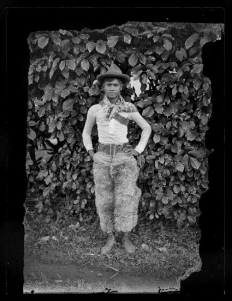Cook Islands cowboy, circa 1910, Cook Islands. Crummer, George. Te Papa