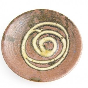 Helen Mason, Dish, stoneware with slip decoration, about 1960. Purchased 1993. Te Papa