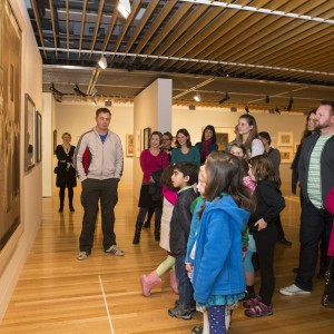 Children from Crofton Downs Primary School in Ngā Toi / Arts Te Papa. Photo Mike O'Neil. © Te Papa