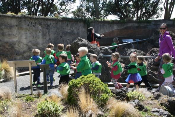 Walking and Talking like Dinosaurs, Photographer: Imagine Childcare, © Imagine Childcare