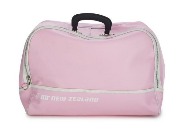 Air New Zealand travel bag, 2008, commissioned by Air New Zealand. Te Papa (GH024317)