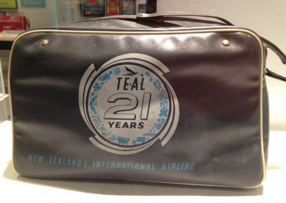 TEAL 21 Years, travel bag, 1961, commissioned by TEAL, New Zealand. Image courtesy of MOTAT.