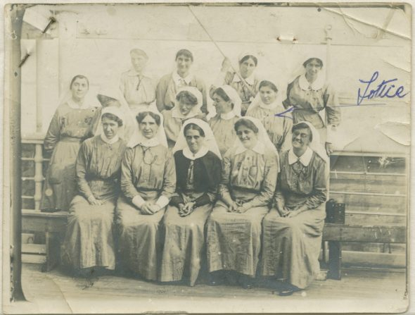 Lottie Le Gallais and nurses on the Maheno, 1915. Auckland War Memorial Museum (PH-1995-2-21)