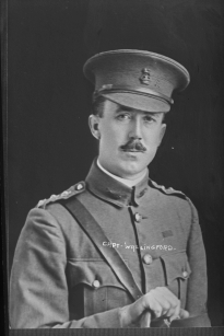 Captain Jesse Wallingford, 1916 (detail). Photograph by Herman Schmidt. Auckland Libraries (Sir George Grey Special Collections, 31-W1263)