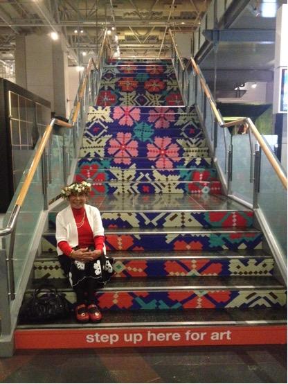 Mama Paree, Level 4 Stairs