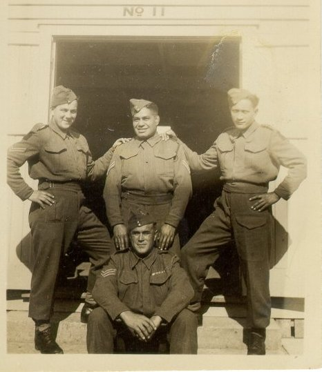 http://www.28maoribattalion.org.nz/photo/bully-jackson-and-comrades-papakura-1941