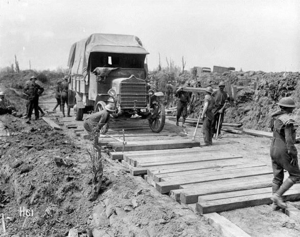 This photo shows the Pioneers doing this sort of work at Messines in June 1917.