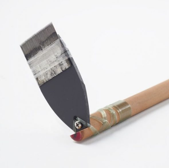 'au sogiaso lapo'a (large (wide) tattooing implement), 2012, Samoa, by Paul Sulu'ape. Purchased 2012. Te Papa (FE012713/1)