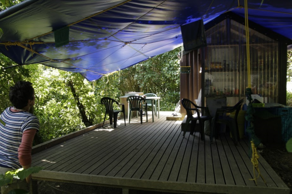 The research hut at Motuara Island is equipped for workers to stay as well as store equipment and food. Photo: Adelie Filippi, Copyright Te Papa.