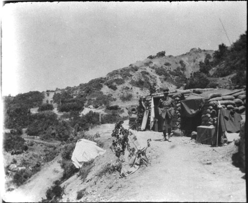Nathaniel Thoms on Gallipoli April-June 1915. Photograph by Percival Fenwick. Auckland War Memorial Museum PH-ALB-337