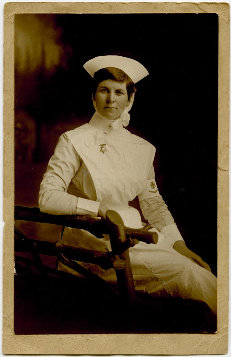Lottie Le Gallais, about 1913. Photographer unknown. Tāmaki Paenga Hira Auckland War Memorial Museum (PH-95-02)