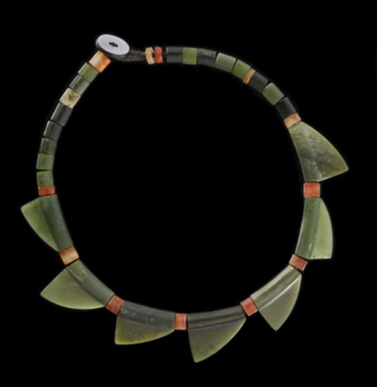 Necklace made of jade, carnelian, mother of pearl, nylon