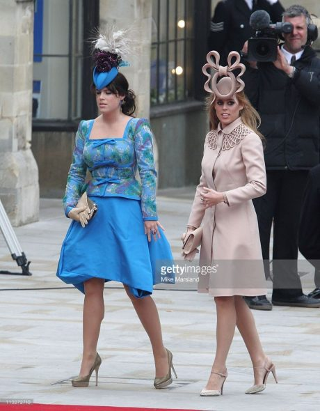 princess-beatrice-of-york-and-princess-eugenie-of-york-arrive-to-the-picture-id113272710-1