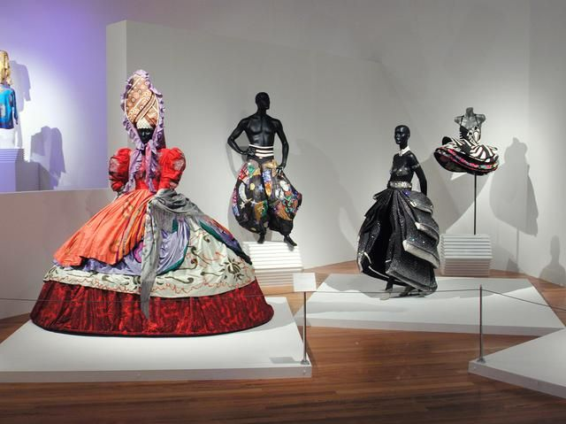 Installation shot from Gianni Versace: The Reinvention of Material at Te Papa, 2001. Photo Jan Nauta, Te Papa.