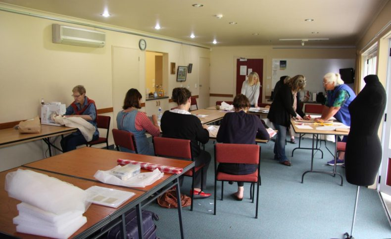 Workshop participants came from regional museums in Motueka, Takaka and Nelson. Photo by A. Peranteau, copyright Te Papa.