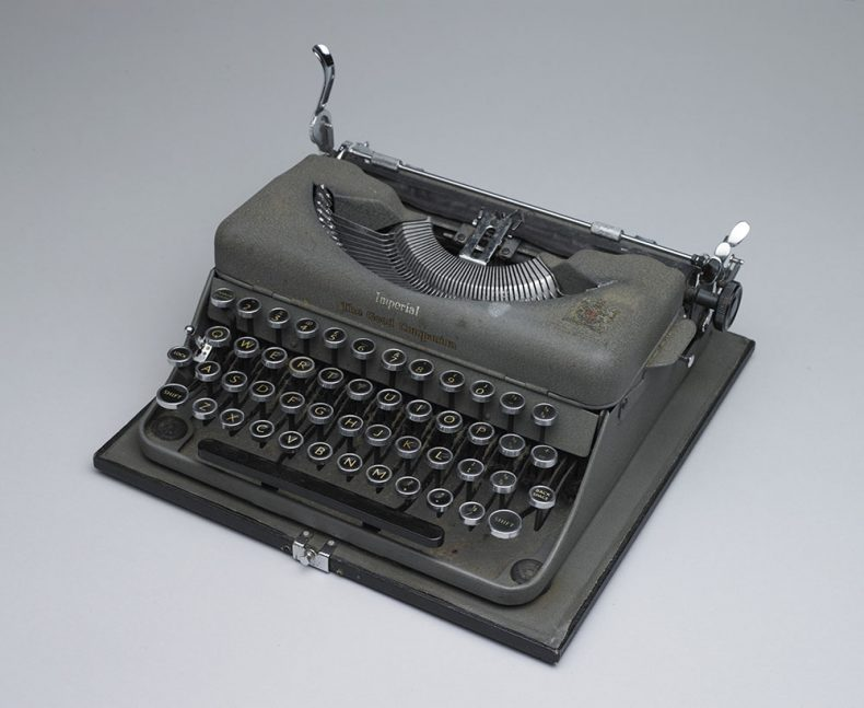 Typewriter, circa 1950, England, by Imperial Typewriter Company. Gift of Meg Bailey, 2007.. CC BY-NC-ND licence. Te Papa (GH011698)