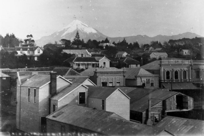 New Plymouth, with Mount Taranaki in the background, around 1881